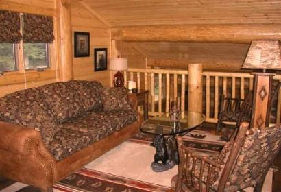 Rustic Cabin With A Loft http://vacationhomeinteriors.com/Designer_Theme_Rooms.html
